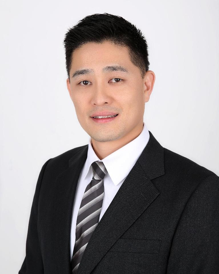 Dr. Michael Thai